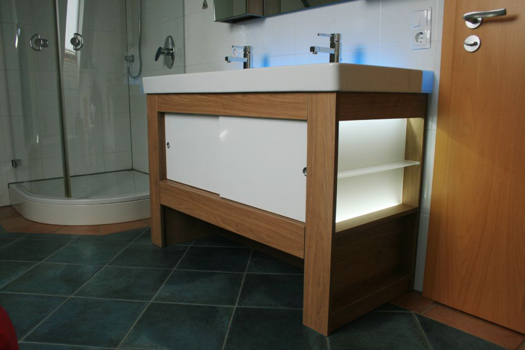 badm bel abverkauf kreative ideen ber home design. Black Bedroom Furniture Sets. Home Design Ideas